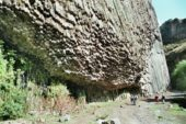 Armenien-Wanderreise-Basaltsäulen-Azatschlucht