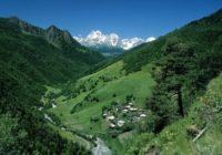 Georgien Wanderreise: Swanetien Landschaft im kleinen Kaukasus