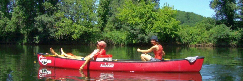 Deutschland Aktivreise: unterwegs auf den Mecklenburger Seen mit Kanu.