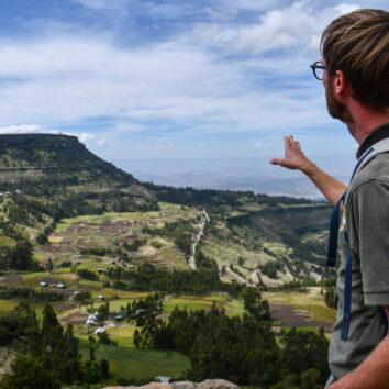 äthiopien-wanderreise-landschaft-Reiseleiter