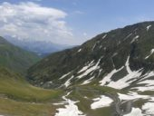 Georgien-Wanderreise-Abano-Pass-Serpentinen