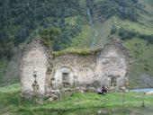 Georgien-Wanderreise-Dartlo-Kirchenruine