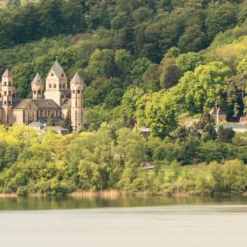 Deutschland-Kloster-Maria-Laach-pixabay