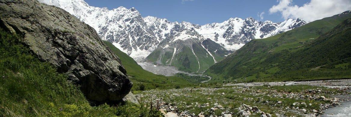 Auf Kaukasus-Reisen entdecken Sie Armenien, Georgien und Aserbaidschan