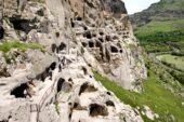 Felsenkloster-Wardsia-Georgien-Frauenreise