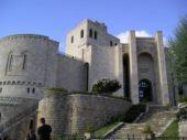 Albanien-Wanderreise-Festung-Skenderbeg