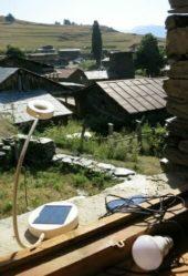 Georgien-Wanderreise-Solarbeleuchtung-Tuschetien
