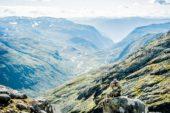 norwegen-wanderreise-tiefe-täler