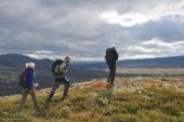 norwegen-wanderreise-berge-wanderer