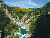 Frankreichreise: Aardéche Urlaub Felsengen