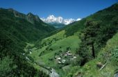 Georgien-Frauenreise-Swanetien-Landschaft