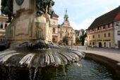 deutschland-wanderreise-kulmbach-marktplatz-luitpoldbrunnen-copyright-Foto-Stadt-Kulmbach