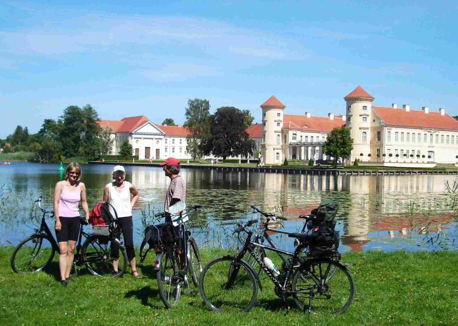 mecklenburg-rad-kanu-wandern-schloss-rheinsberg