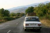 Georgien-Weinreise-traubenlese-transport